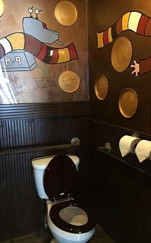 10 toilet cong cong dep nhat nuoc my 1.4
