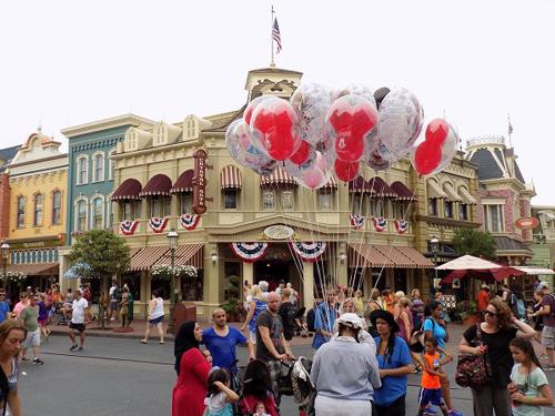 Disneyland forida 13