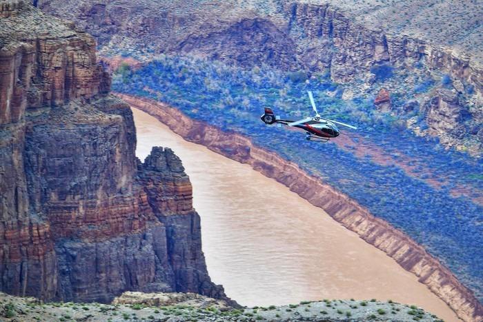 bay truc thang grand canyon 16